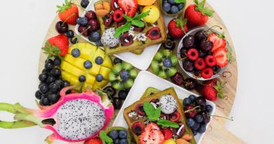5 Jenis Buah-buahan yang Bisa Mengatasi Mual saat Hamil Muda