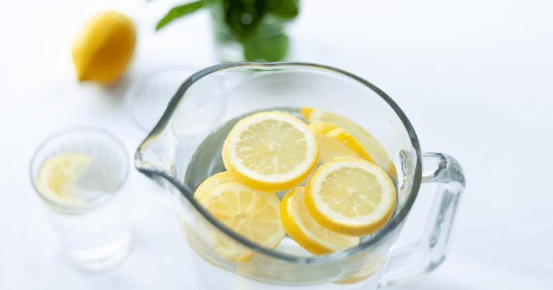 1. Air perasan lemon menenangkan
