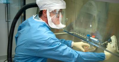 Diduga Terjangkit Virus Corona, Pasien RSPI Sulianto Saroso Jalani Tes