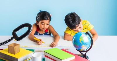 Usahakan Tak Salah Beli, Kenali 5 Tips Memilih Meja Belajar Anak