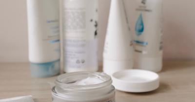 Skincare Tak Cocok di Wajah? Manfaatkan Saja Menjadi 5 Hal Berikut!