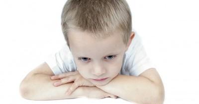 Cari Tahu 5 Alasan Mengapa Anak Menjadi Pemalu