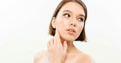 7 Cara Menghilangkan Flek Hitam Alami