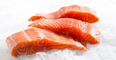 Pecinta Sashimi, Inilah 5 Tips Memilih Ikan Salmon Segar