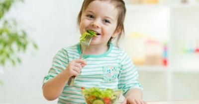 5 Pilihan Makanan Ini Dianjurkan untuk Anak yang Alami Hipertiroid