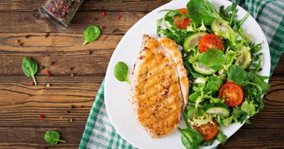 7 Makanan yang Baik untuk Dikonsumsi setelah Melahirkan