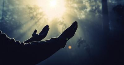 Inilah 5 Doa Sehari-hari Wajib Anak Ketahui, Bikin Tenang Ma