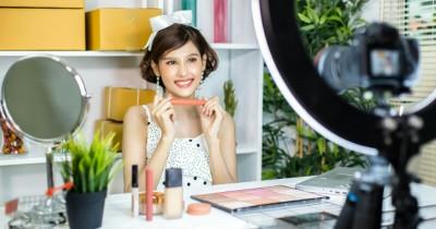 """Wow Ini 7 Tips Kecantikan """"Unik"""" Bisa Dipelajari dari Anak-Anak"""