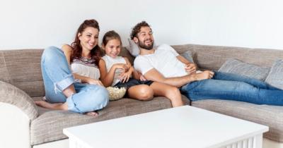 9 Rekomendasi Tontonan Hiburan Anak Selama di Rumah Saja