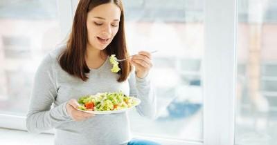 5 Makanan Ini Bantu Pencernaan Lebih Lancar Masa Kehamilan