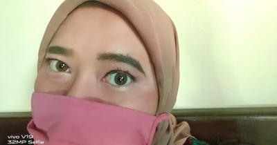 Agar Tetap Menawan, Ini Tips Makeup pada Mata Selama Memakai Masker