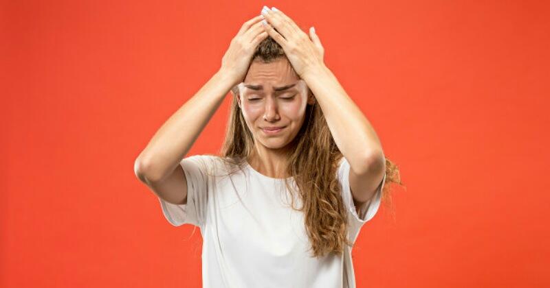 5. Jerawat kulit kepala karena pori-pori tersumbat
