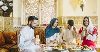 5 Keuntungan Buka Puasa di Rumah Bersama Anggota Keluarga