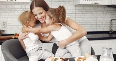 Tips Bonding Anak Introvert Setelah Kehilangan Keluarga Inti