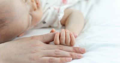 Perhatikan 5 Hal Ini Agar Tidur Bayi Aman Nyaman