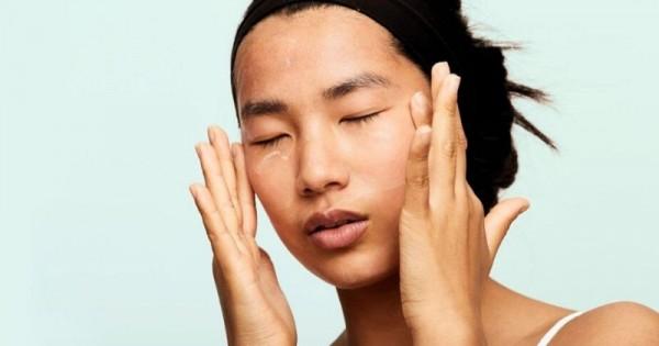 5 Skincare untuk Menghidrasi Kulit Wajah Selama Puasa | Popmama.com