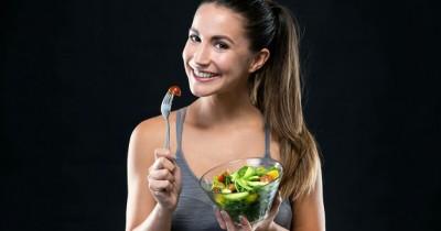 5 Daftar Makanan Ini Membantu Mata Lebih Jernih Bersinar