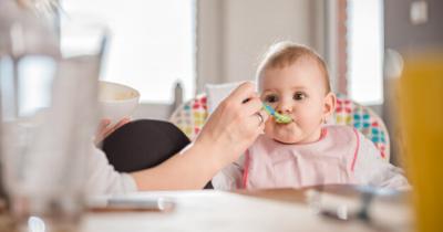 7 Tantangan Biasa Mama Hadapi ketika Memulai MPASI