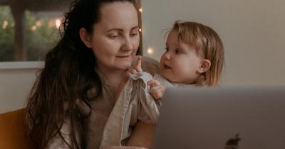 Penyebab Cara Mengatasi Anak Suka Cari Perhatian