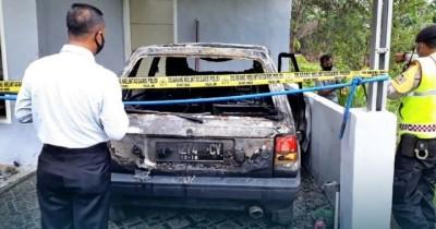 2 Balita Tewas Terbakar Dalam Mobil Pasuruan saat Orangtua Bekerja