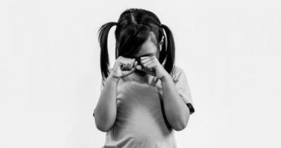 Jarang Jajan, Anak 3 Tahun Tegal Makan Tanah Pecahan Tembok