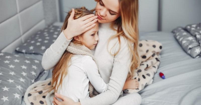 10 Cara Menurunkan Panas Anak dengan Bahan Alami   Popmama.com