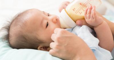 Ketahui, Ini 5 Tips Memberikan ASI Susu Formula kepada Bayi