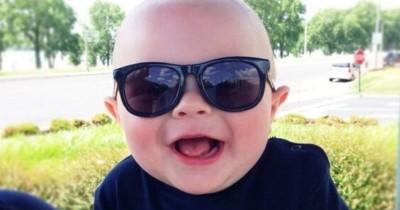 Lindungi Mata dari UV, Ini 5 Tips Memilih Kacamata Jemur Bayi