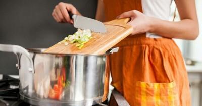 Jangan Panik Dulu, Ini 5 Cara Mengatasi Masakan yang Terlalu Asin