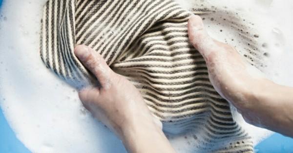 5 Cara Perawatan Hijab Plisket   Popmama.com