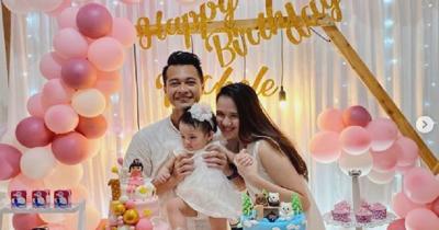 Istri Eza Gionino Hamil Anak Kedua saat Anak Pertama Baru Usia 1 Tahun
