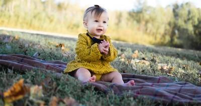 36 Rekomendasi Nama Bayi Perempuan Bulan Desember Berarti Bahagia