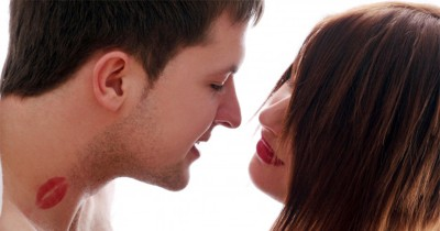 Tambah Puas, 5 Posisi Seks Ini Bikin Bergairah saat Berciuman Lidah