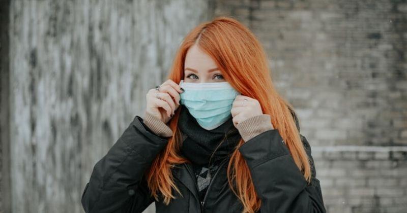 5 Penyebab dan Cara Mengatasi Jerawat Karena Masker Wajah ...