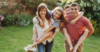6 Hak Anak Harus Dipenuhi Orangtua Selama Rumah