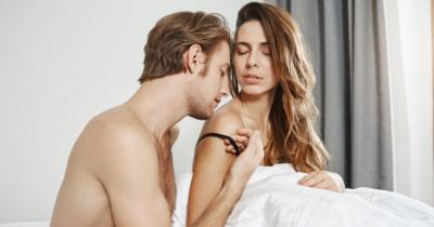 5 Variasi Seks Posisi Spooning Sesi Bercinta Lebih Panas