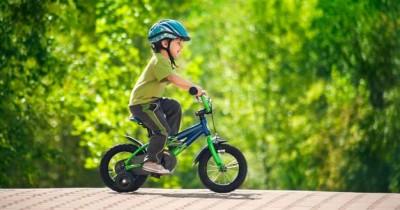 Tips Memilih Helm Sepeda Nyaman Aman Anak