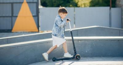 Latih Keseimbangan Sejak Dini, Inilah 5 Rekomendasi Skuter Anak