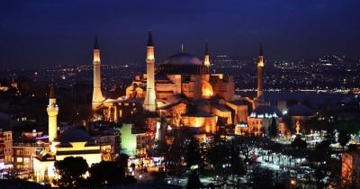 Azan Berkumandang di Hagia Sophia, Ini 7 Potret Kemegahan Bangunannya