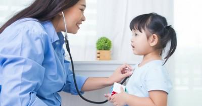 10 Rekomendasi Dokter Spesialis Anak Tangerang