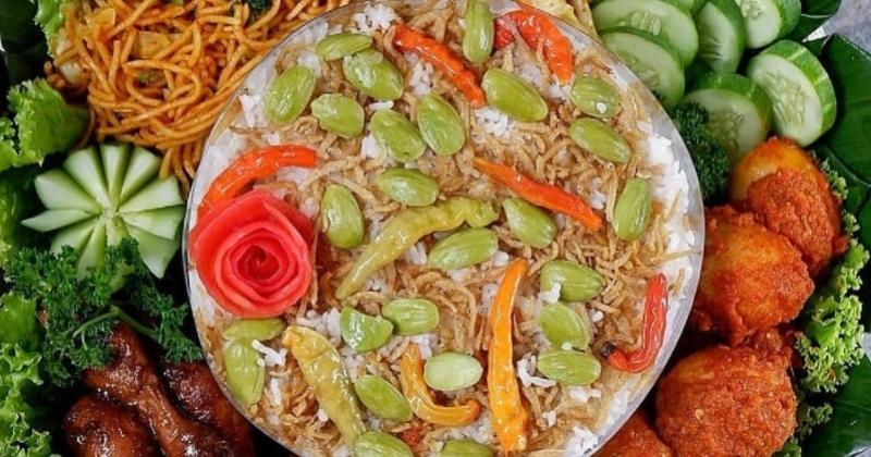1. Nasi liwet teri medan paling populer masyarakat