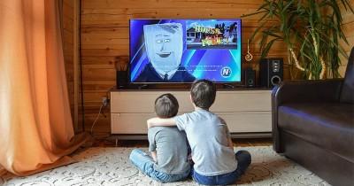 Waspadai, Begini 5 Dampak Negatif Anak Terlalu Sering Nonton TV