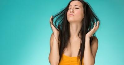 5 Tips Menata Rambut Basah Setelah Kehujanan di Jalan