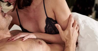 Demi Kepuasan Seks, Begini 6 Cara agar Suami Tahan Lama Ranjang