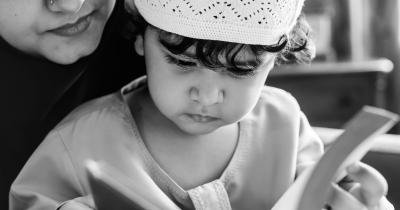 Cara Mengajarkan Anak Sholawat Nabi Muhammad SAW