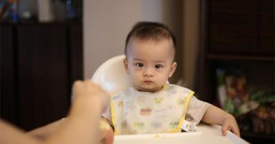 7 Makanan Minuman Pendamping ASI Dilarang Dikonsumsi Bayi