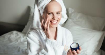 Jangan Asal Ini 7 Cream Pemutih Wajah Aman Ibu Menyusui