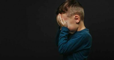 Kejam Anak Dibuang Kuku Dicabut Pakai Tang oleh Orangtuanya