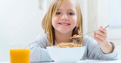 7 Sarapan Sehat agar Anak Tidak Ngantuk saat Sekolah Online