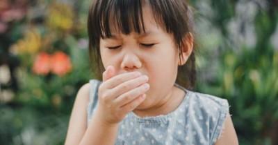 Penting, Beritahu si Kecil Adab Doa Ketika Bersin